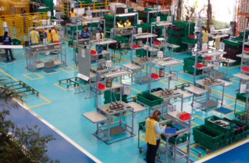 06-dyna-foto-fabrica